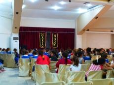 15représentations dans les écoles